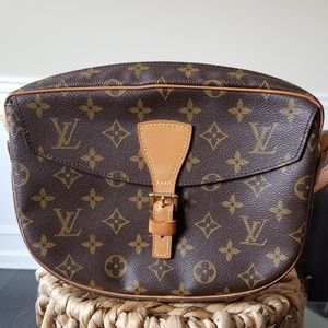 Louis Vuitton Bags - Louis Vuitton Jeune Fille crossbody bag